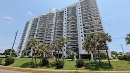 Surfside Beach Resort by Counts-Oakes Resort Properties