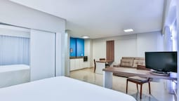Golden Tulip Goiania Address