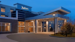 Radisson Hotel & Conference Centre Calgary Airport