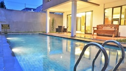 Cemara Villa 3 Bedrooms with a Private Pool