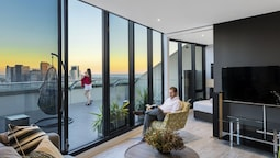 Aura on Flinders Serviced Apartments